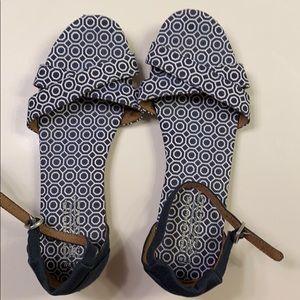 Toms Sandals 8.5